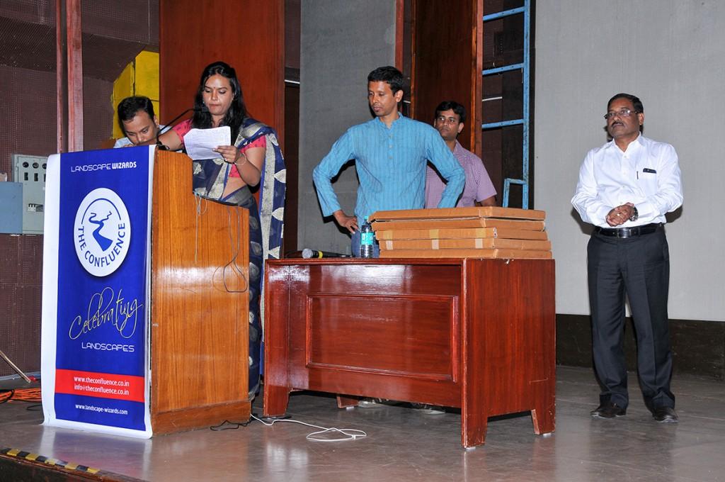 Contest prize handover by Basavaraj Totad