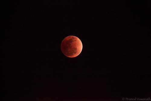 8.02 PM Sampurna Grahana Madhya Kala - Center of totality - Total lunar eclipse - December 2011